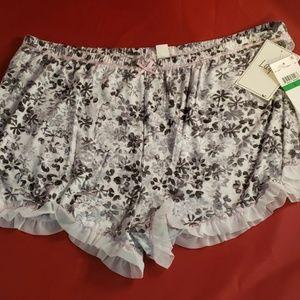 Layla Silky Soft Pajama Shorts Lg Black/White  NWT